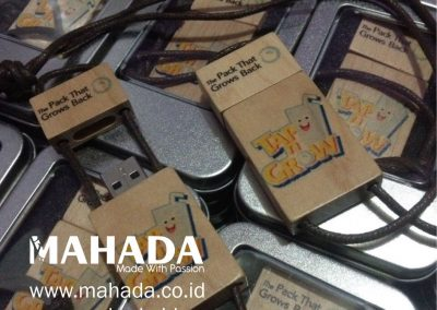Souvenir USB Flashdisk Kayu Wood Custom 01 - Mahada Indonesia