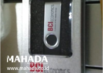 Flashdisk Metal Mahada 02