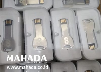 Flashdisk Metal Mahada 18