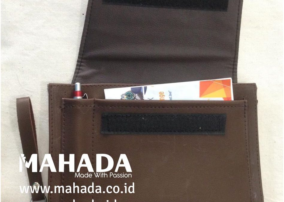 Tas Promosi Custom – Leather Clutch Bag, Jenis Tas Tangan Unisex